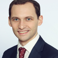 Thomas Clark, Senior Associate - Disputes, Freshfields Bruckhaus Deringer
