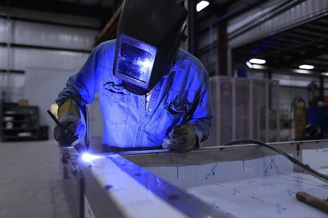 The new manufacturing innovations creating jobs in the UK featured image