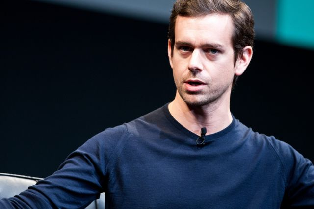 Square processes its billionth credit card payment. featured image