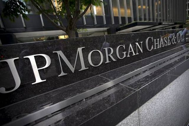 J.P. Morgan, Motif to Give the Little Guy a Taste of the IPO featured image