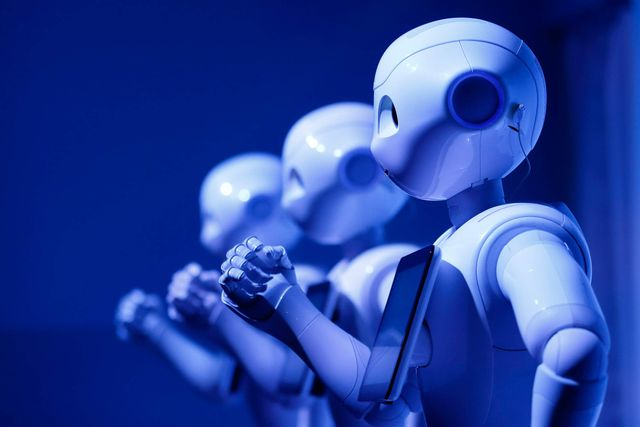 Bernstein Says the Future of Robo-Advice Is Bright, but There's a Catch featured image
