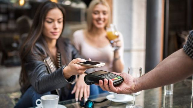 Mobile banking is saving us 'billions' in charges featured image
