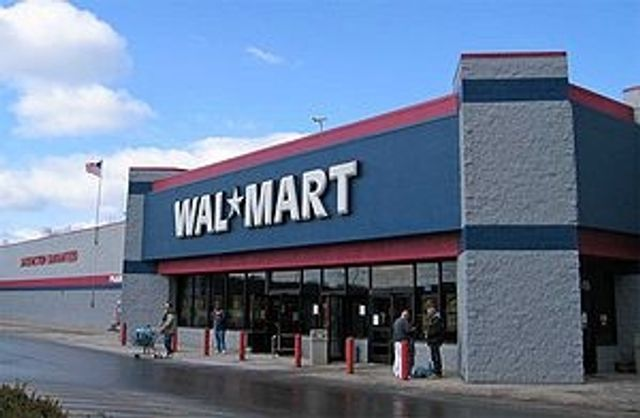 Walmart's New Monery Transfer: Should banks, Western Union, and others be nervous? featured image