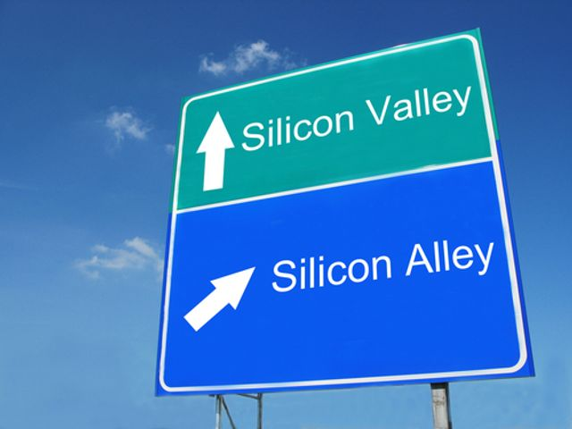 Silicon Alley and Silicon Valley jostle for the fintech crown featured image