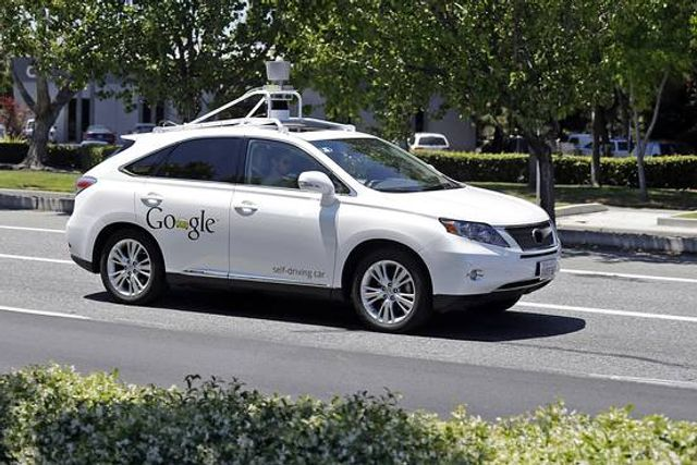 The self driving car and the coming revolution in auto insurance featured image