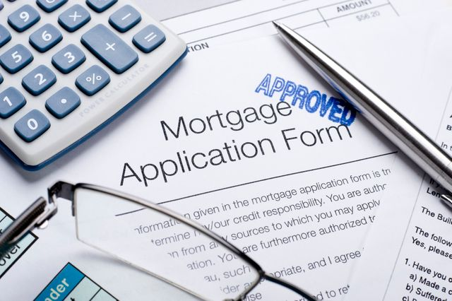 Real Estate Lenders say they're easing mortgage terms. But statistics suggest otherwise. featured image