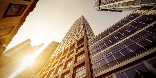 Over 75 real estate crowdfunding platforms featured image