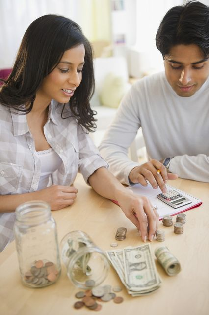 Are savings apps, like Digit and Acorn, better than savings accounts? featured image