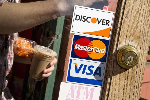 EMV security may be slow despite approaching deadline featured image