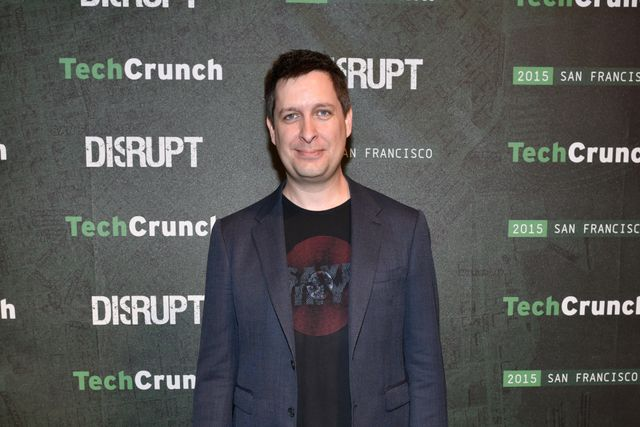 AOL/Verizon Completes Spinout Of CrunchBase Funded By Emergence Capital featured image