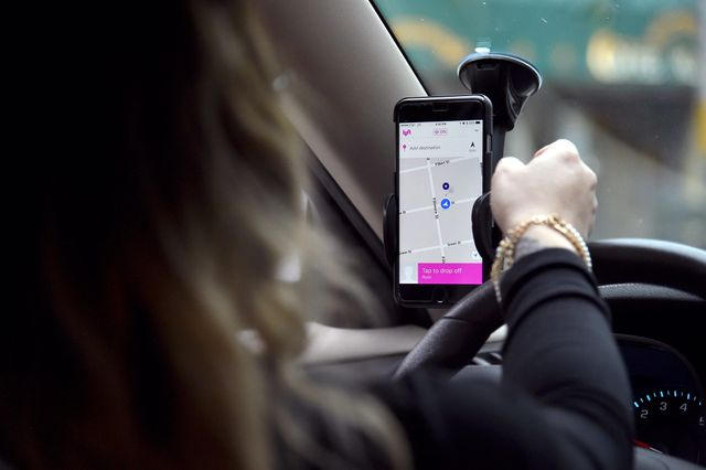 More gig economy workers can now get paid on demand featured image