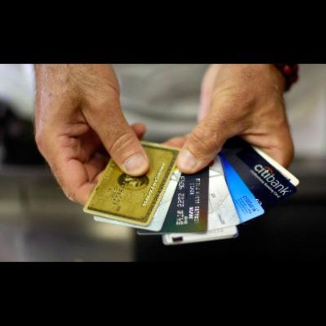Are credit card companies at risk from alternative and P2P Business Lenders? featured image