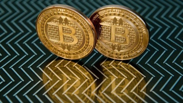 Bitcoin surges as Chinese flock to Russian fraudster's site featured image