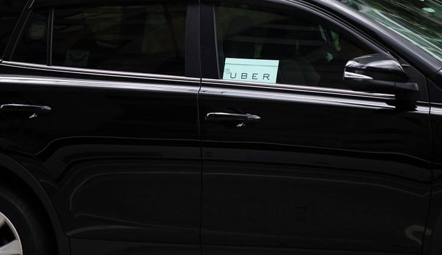 Uber Will Instantly Pay Drivers In Need featured image