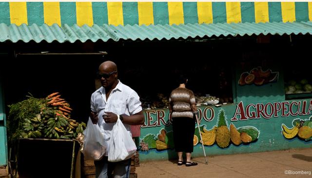 Cuba's creditors hire sovereign expert for debt talks featured image