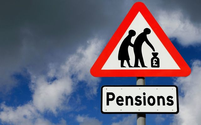 """The government launches its """"Pension Wise"""" free advice website. featured image"""