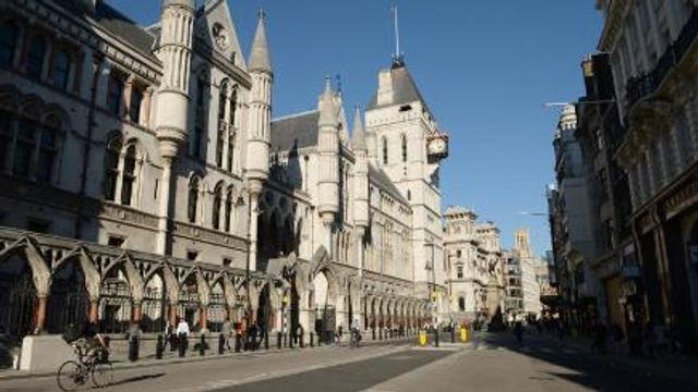 Footballer wins ruling in bid to review child maintenance payments featured image