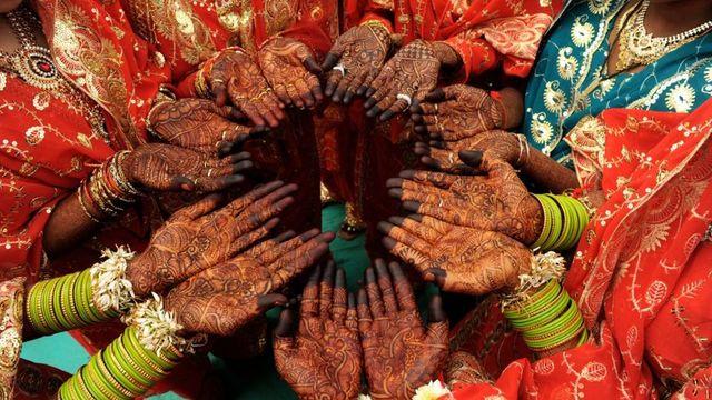 Triple talaq: India's Muslim women fight against instant divorce featured image