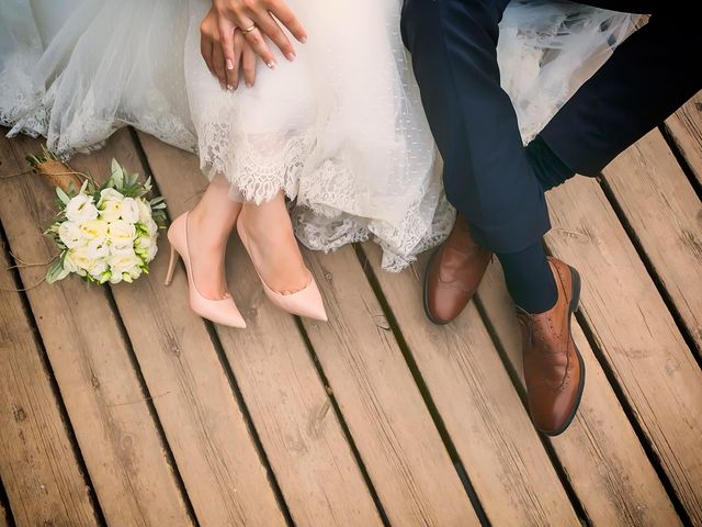 10-year relationship contracts could replace marriages and prevent divorce, say relationship experts featured image