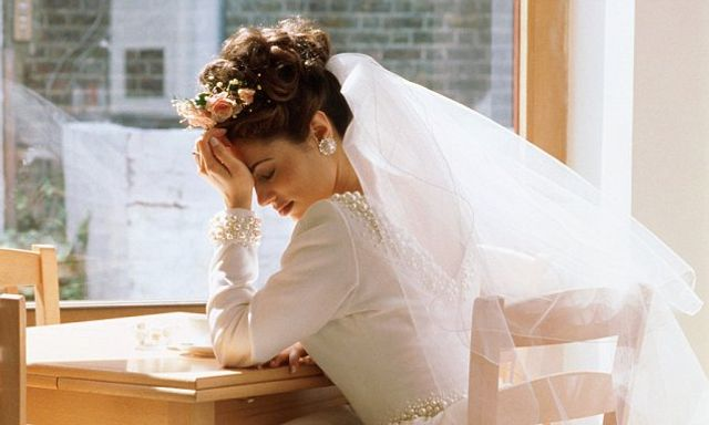 For better or worse?  Groom sues bride for not being pretty enough featured image
