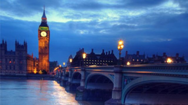 UK Government issues call to action on bank APIs featured image