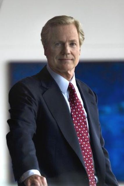 Capital One's Richard Fairbank says 'world won't wait' for banks to catch digital wave featured image