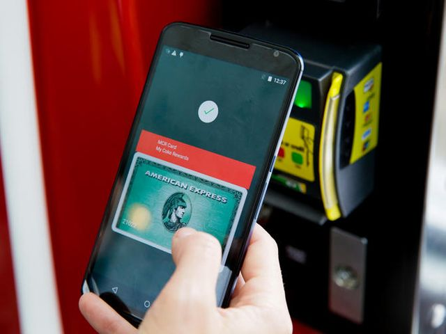 The Android Pay details Google didn't tell you Ready to pay by phone? Here's what you need to know. featured image
