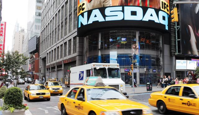 NASDAQ Acquires SecondMarket To Help Startups Sell Shares featured image