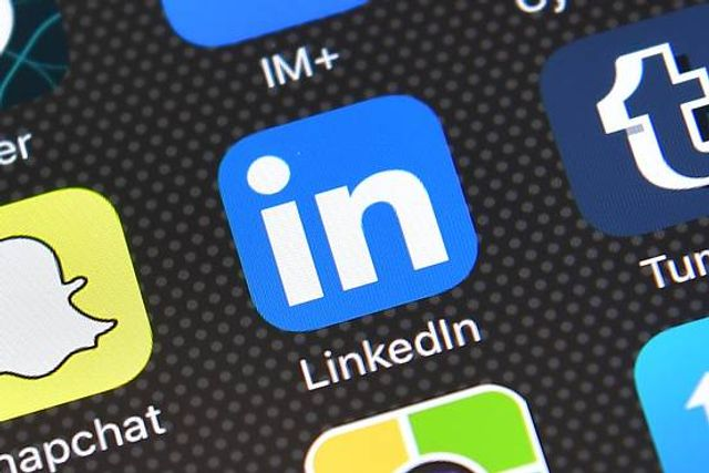 Financial Advisers Leverage Social Media for New Business featured image