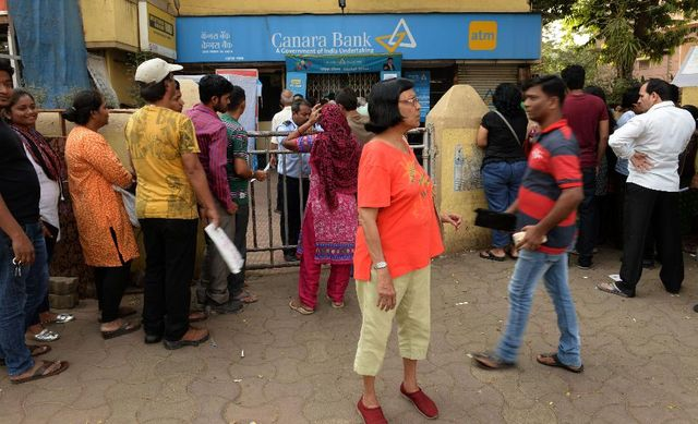 A Cashless Future Is The Real Goal Of India's Demonetization Move featured image
