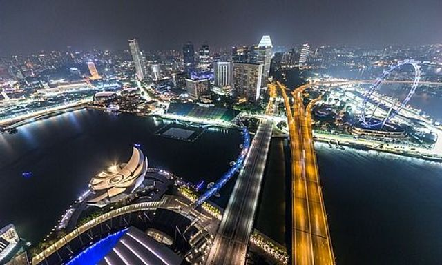 Blockchain Power Allows Free Cross-Border Transfers to Singapore featured image