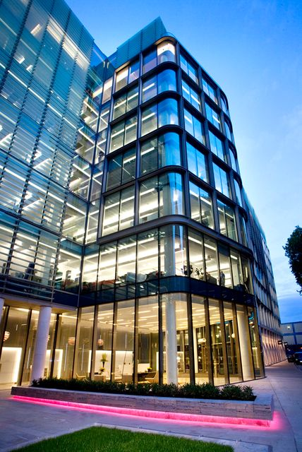 Law firm becomes the first to launch financial services consulting arm featured image