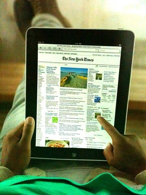 iPads must stand alone featured image
