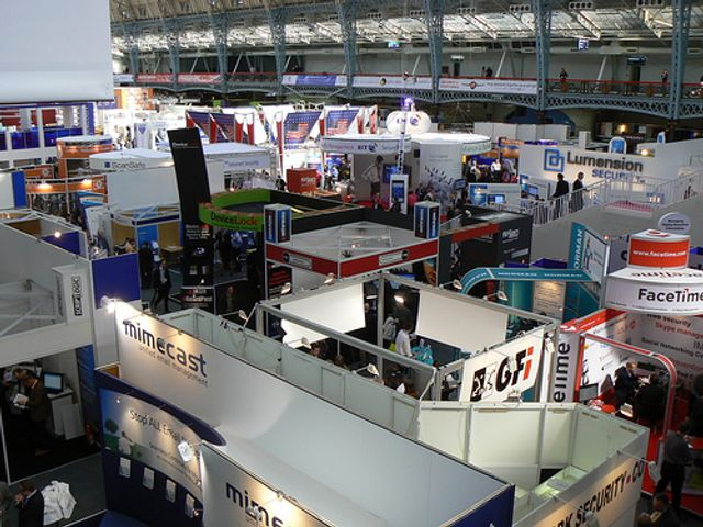 Event 101: Five ways to entice delegates to your stand! featured image