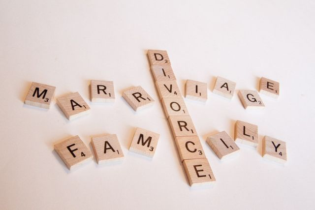 Adult children : the invisible victims of divorce? featured image