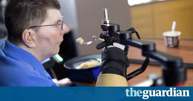 Experimental tech enables paralysed man to feed himself featured image