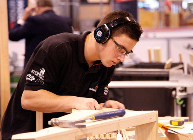 Skills shortage in specialist subcontractors to haunt construction industry featured image