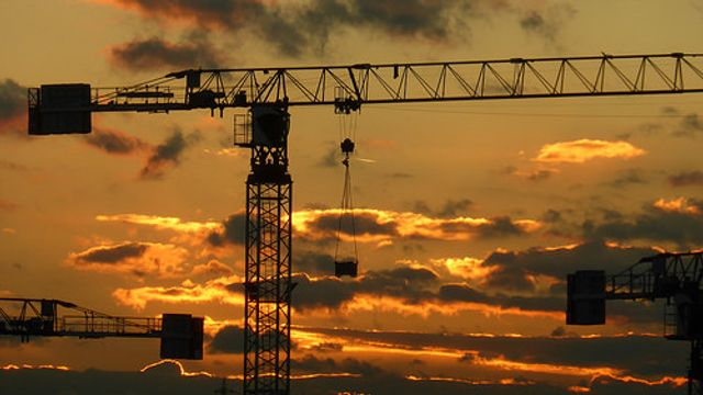 70 cranes over Dublin city, just none for apartments featured image