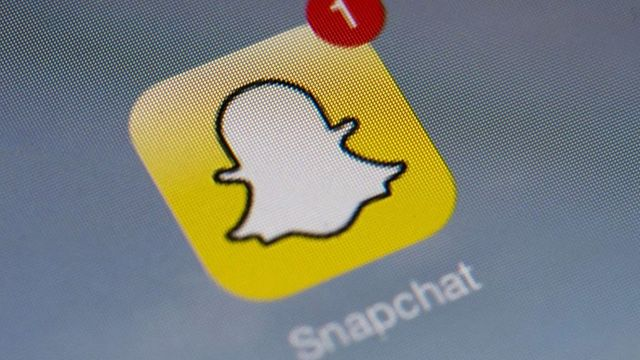 Snapchat looks cheap vs WhatsApp featured image