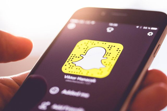 Snapchat to launch tech magazine featured image