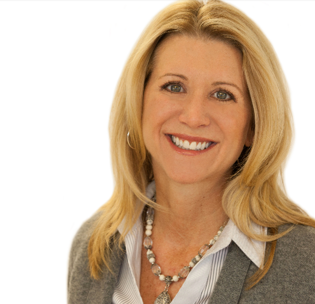 EY announces Plus Relocation President Susan Schneider as an EY Entrepreneur Of The Year 2016 finalist featured image
