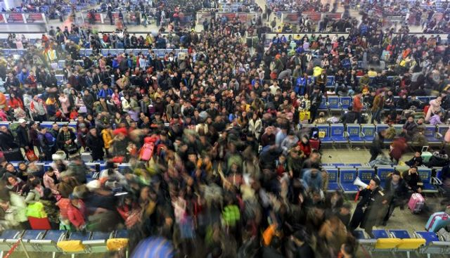 China's massive Lunar New Year travel rush: where are they going and how? featured image