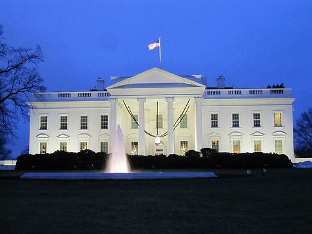 The White House takes on artificial intelligence featured image