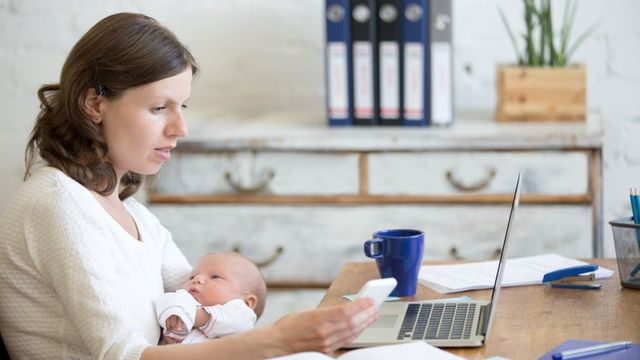 """UK at the bottom for """"decent"""" maternity pay featured image"""
