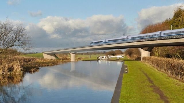 New transport secretary says he does not intend to scrap HS2 featured image