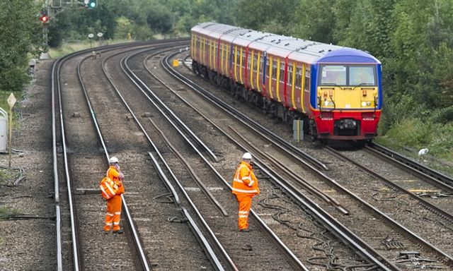 Could the government privatise Network Rail? featured image