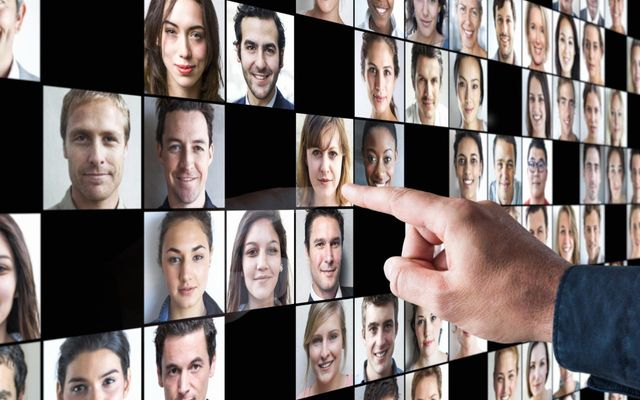 How to attract top talent to your business featured image