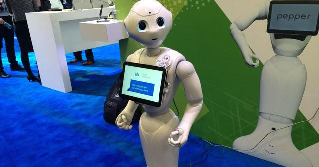 Robots, on-demand knitting and smart shelves: Welcome to the future of shopping featured image