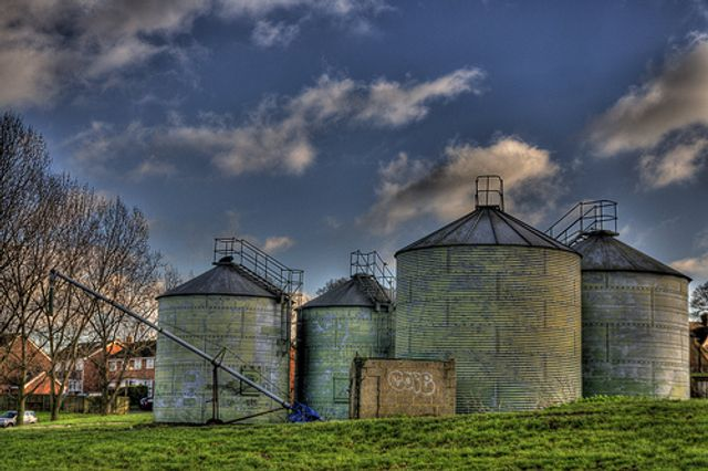 Data and Analytics Silos are killing Insights & Decision Making featured image