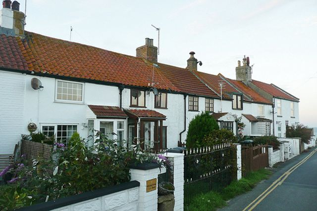 RICS sees recovery of housing sales in the UK featured image